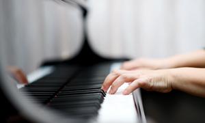 弾き語り(ピアノ)
